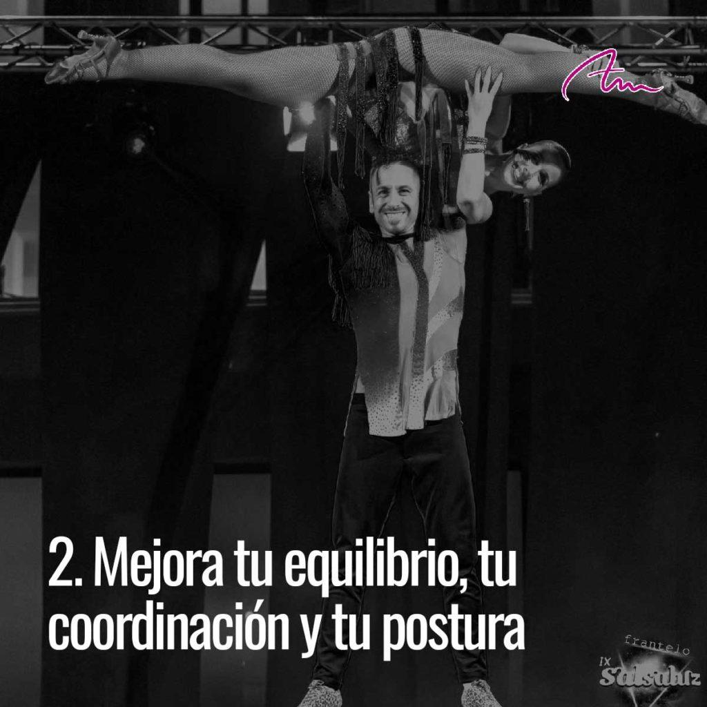 Bailar mejora tu equilibrio, tu coordinación y tu postura.